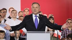 Poland's incumbent Andrzej Duda narrowly wins presidential vote | Elections  2018 News | Al Jazeera