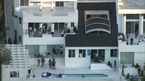 One dead, four others injured in Los Angeles mansion party ...